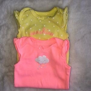 Carter's set of two summer bodysuits 3M